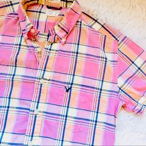 AE • Vintage Slim Fit Pink Plaid Button Down • Sml